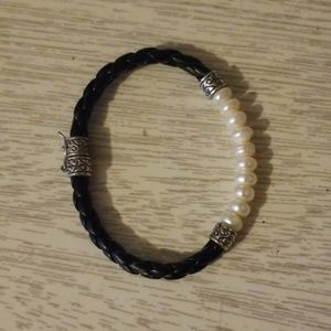 Black leather and faux pearl bracelet